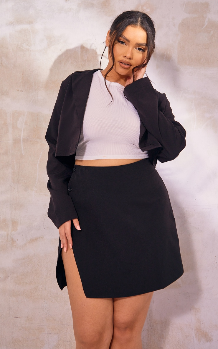 Plus Black Cropped Woven Blazer