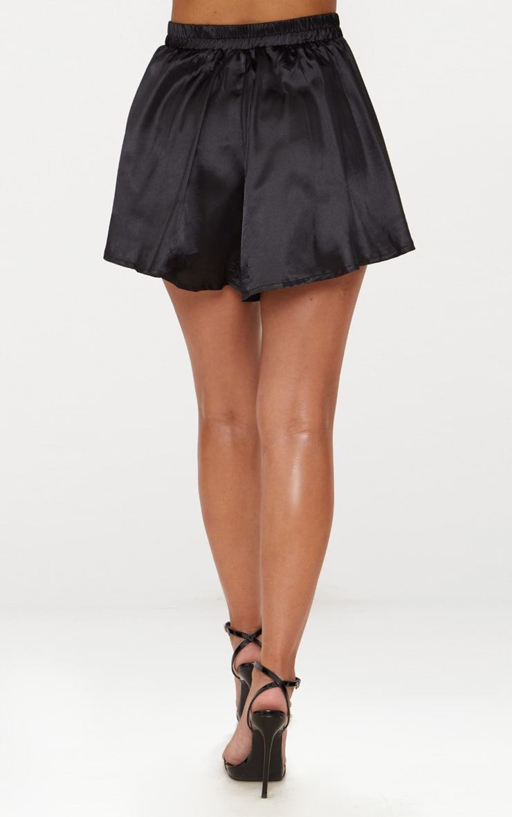 Petite Black  Floaty Satin Shorts 4