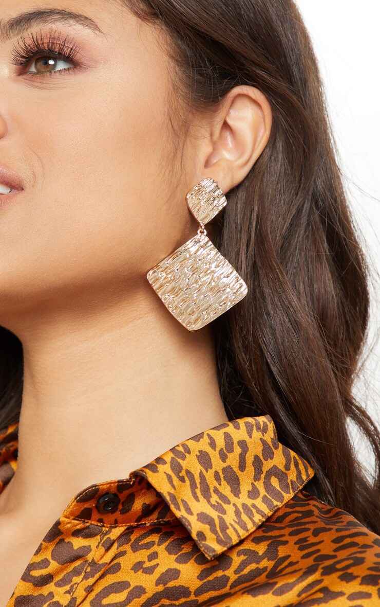 Gold Textured Diamond Shape Drop Earrings 1