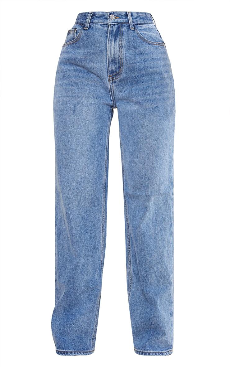 بنطلون جينز بلون أزرق متوسط باهت بتصميم بوي فريند باجي وفتحة خلفية كبيرة 5