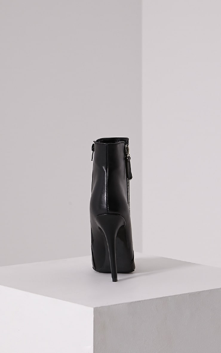 Soreenah Black Faux Leather Zip Detail Pointed Ankle Boots 5