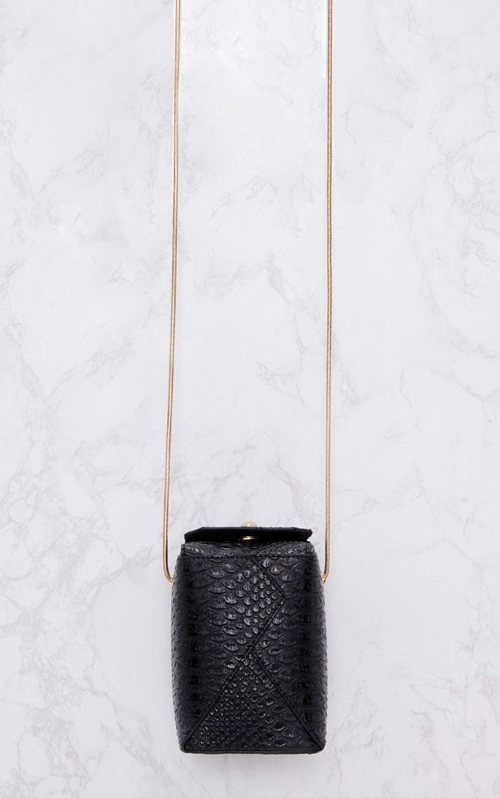 Black Rectangle Textured Chain Body Bag 3