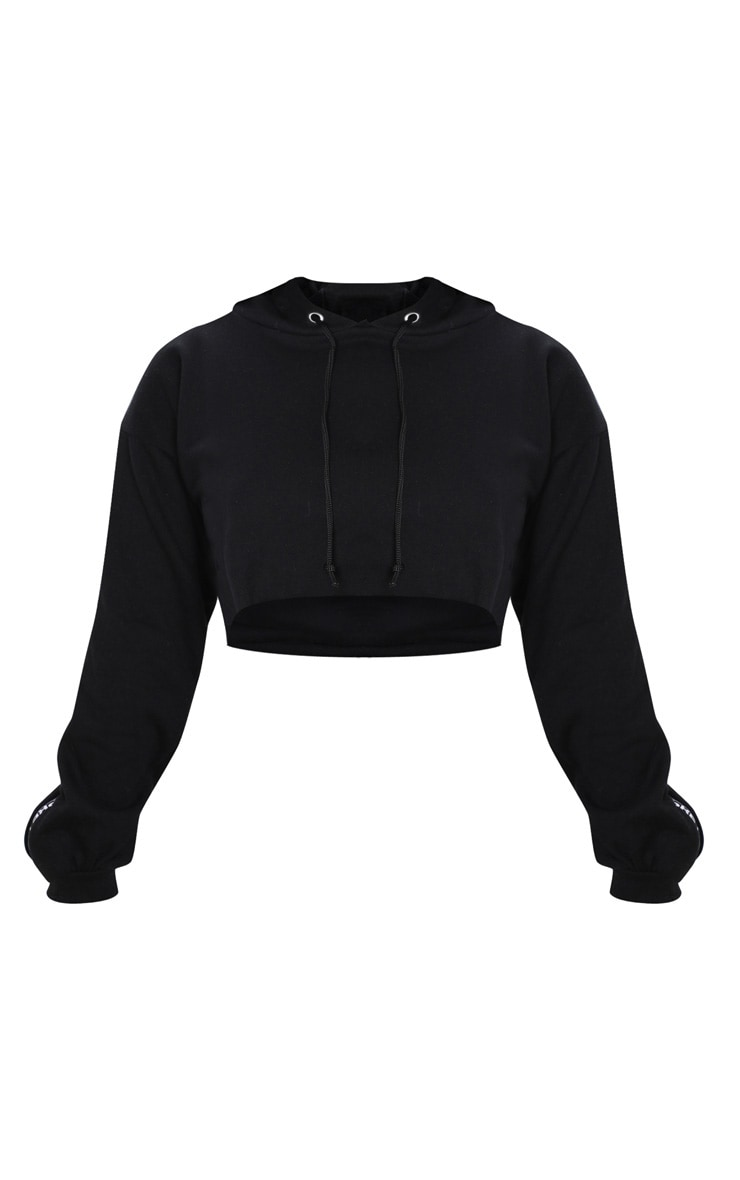 PRETTYLITTLETHING Petite Black Cropped Hoodie 3
