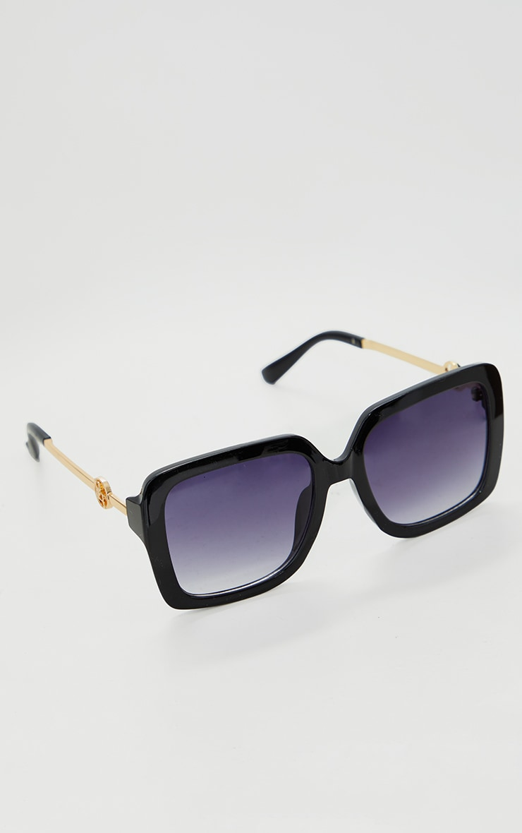 PRETTYLITTLETHING Black Branded Oversized Square Sunglasses 2