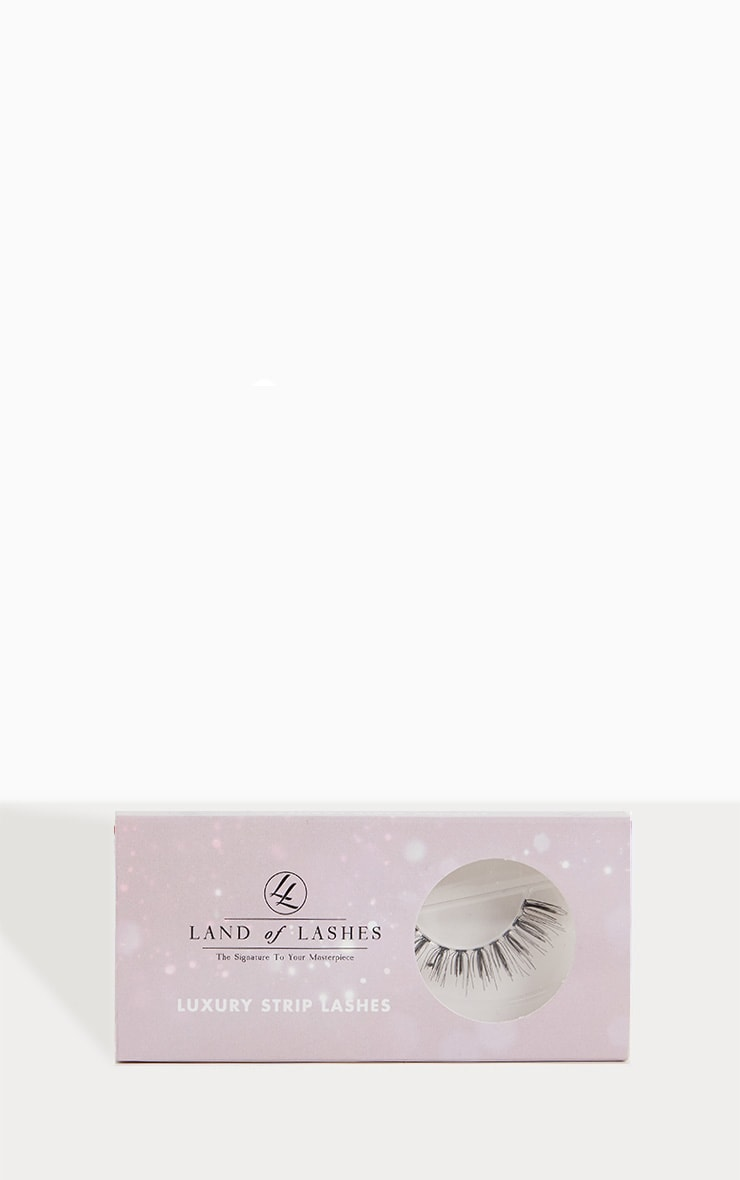Land of Lashes LUXURY STRIP LASH LW05 1