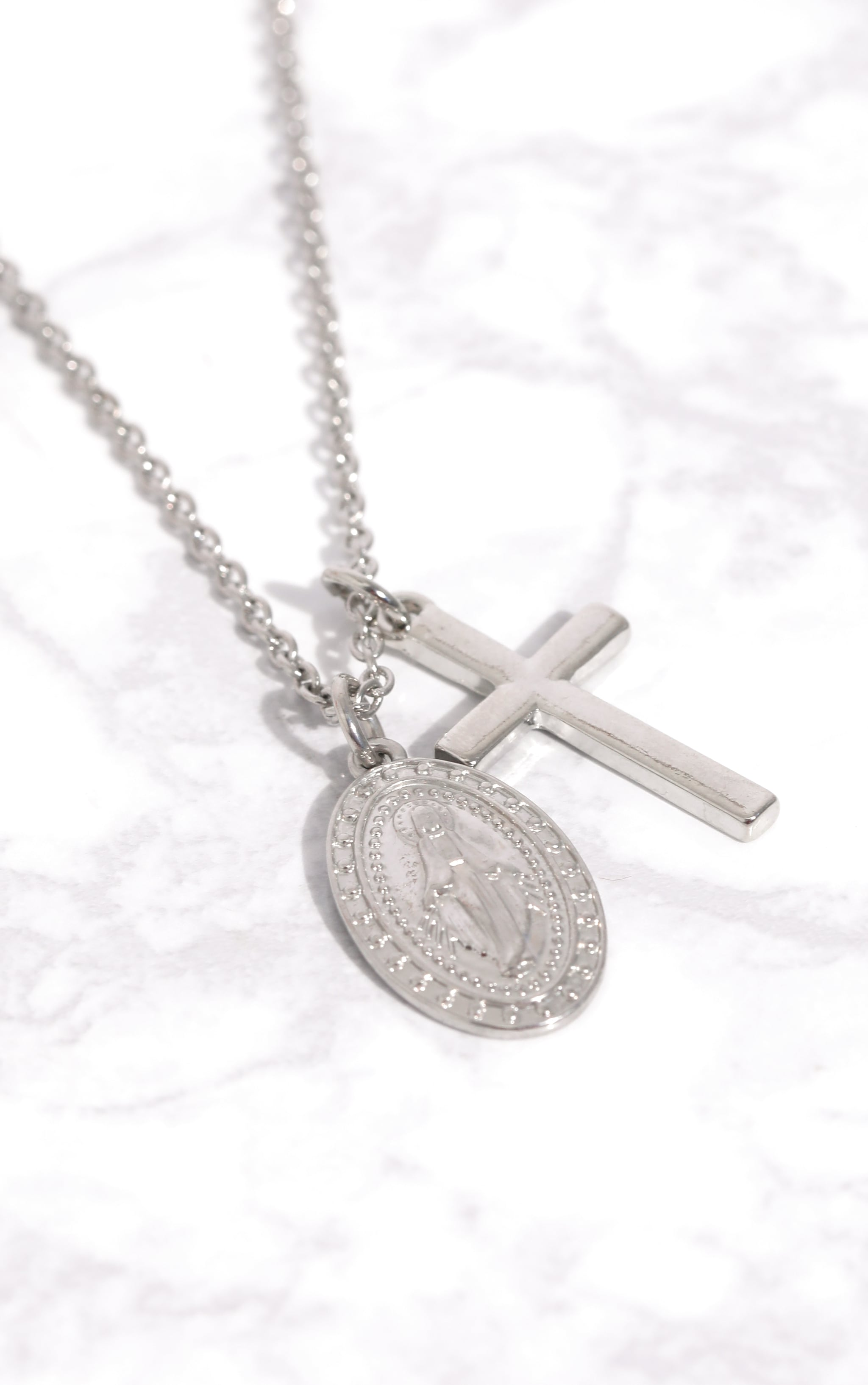 Silver Renaissance Pendant Cross Necklace 3