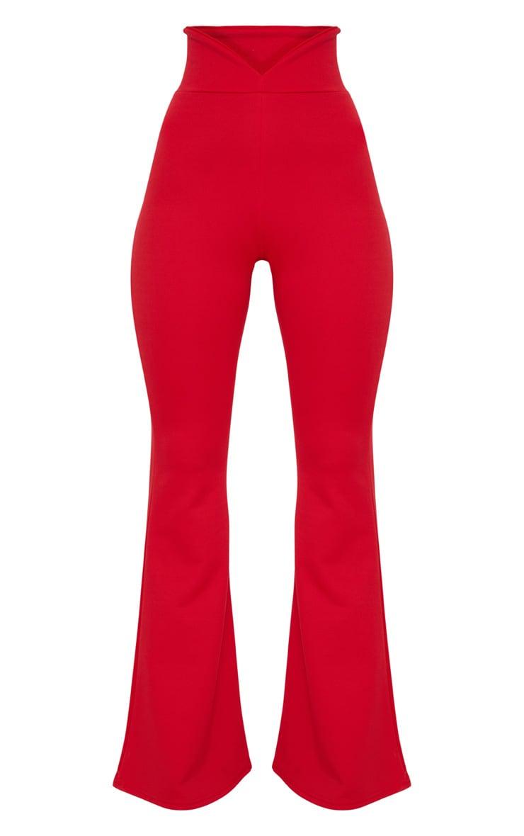 Pantalon flare rouge à taille élastifiée incurvée  3