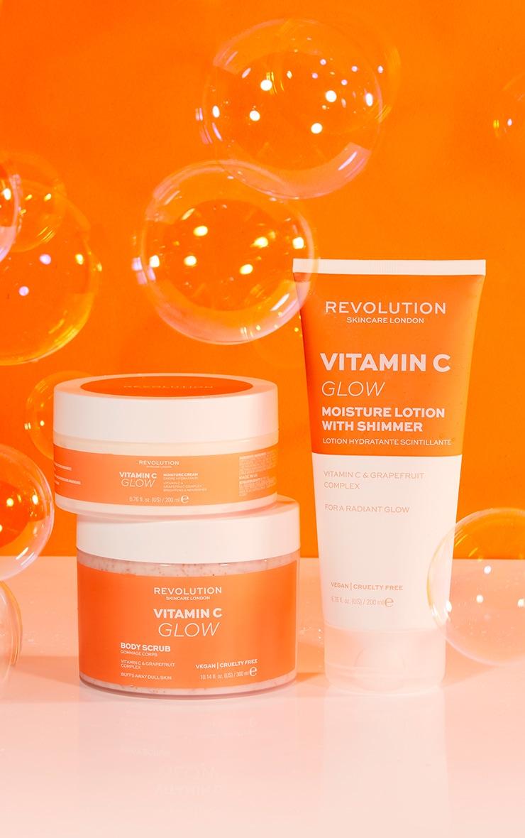 Revolution Body Skincare Vitamin C Glow Body Scrub 2