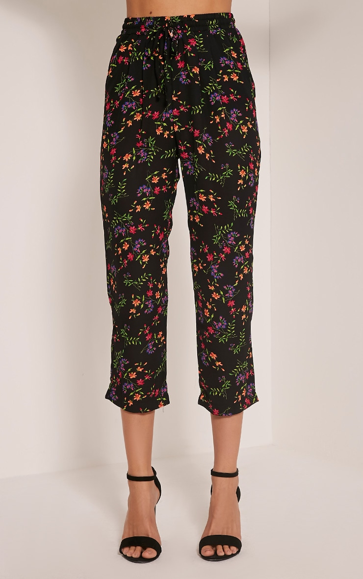 Diya Black Ditsy Floral Cropped Trousers 2