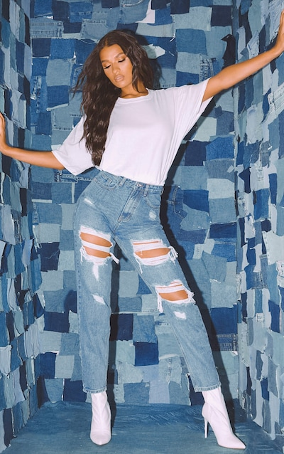 PRETTYLITTLETHING Mid Blue Distressed Mom Jean