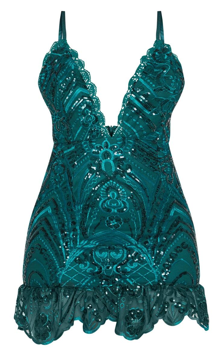Robe moulante vert émeraude à sequins et ourlet dentelle volanté 3