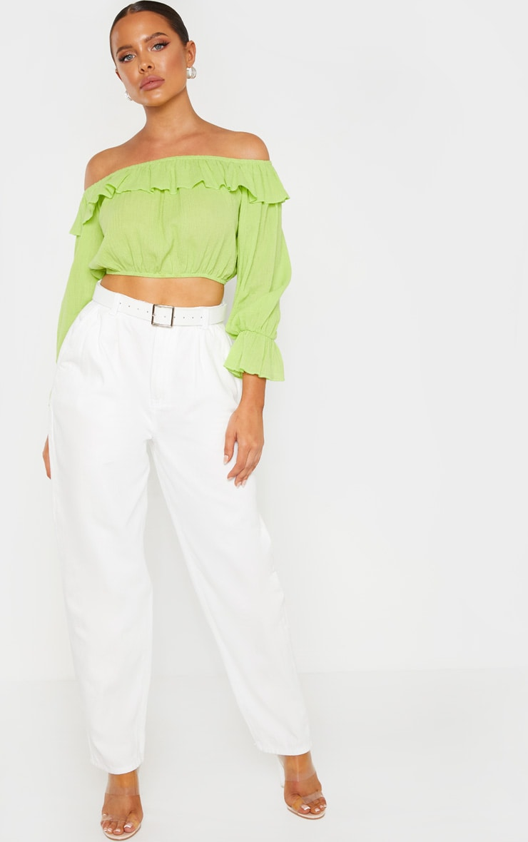 White Oversized Balloon Mom Jean 1