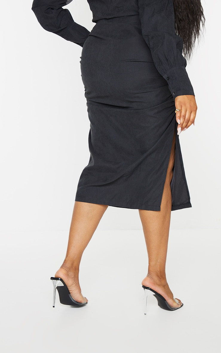 Plus Black Suede Textured Ruched Midi Skirt 3