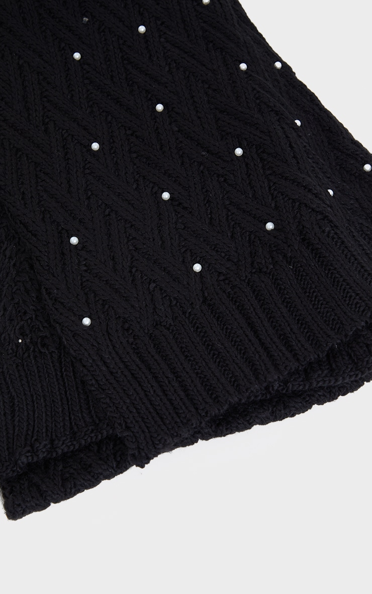 Black Cable Knit With Pearl Scarf 3