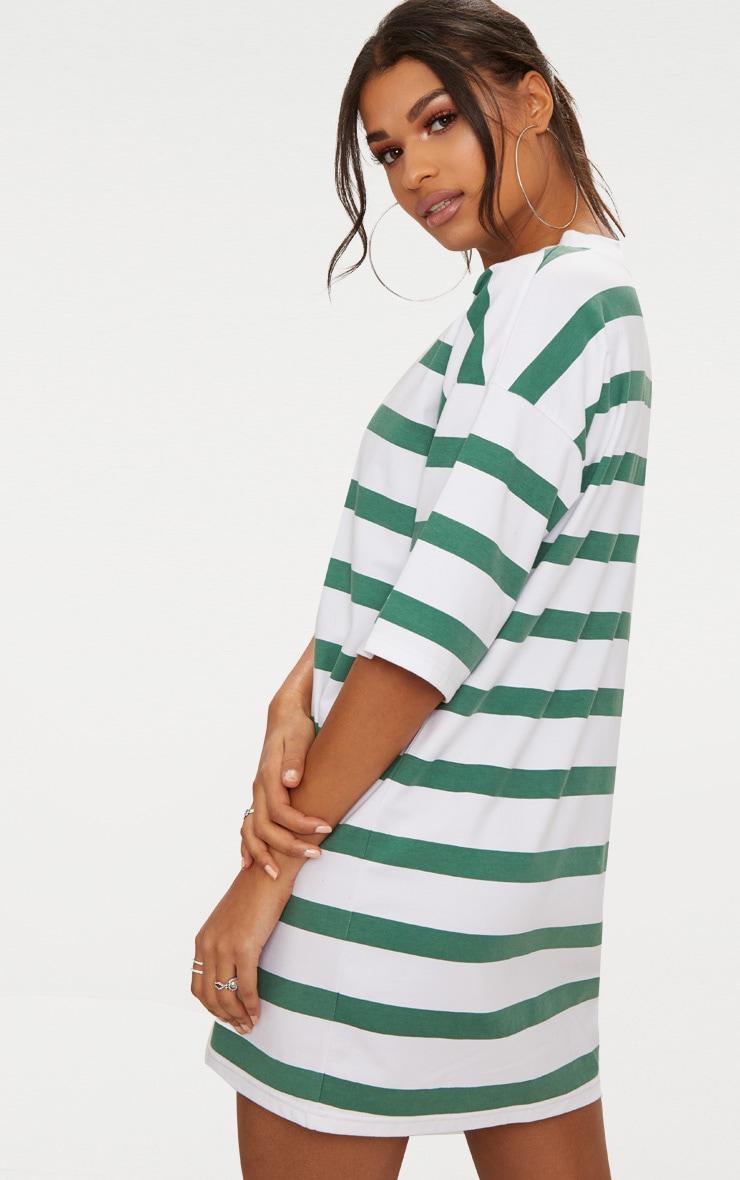 Robe tee-shirt style boyfriend oversize vert émeraude à rayures 2