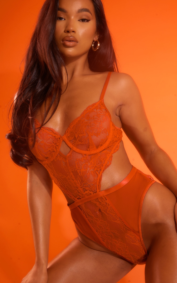 Red Lace Underwired Cut Out Detail Bodysuit 1