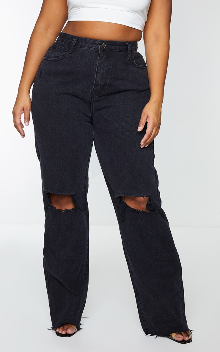PRETTYLITTLETHING Plus Black Distressed Long Leg Straight Jeans 2