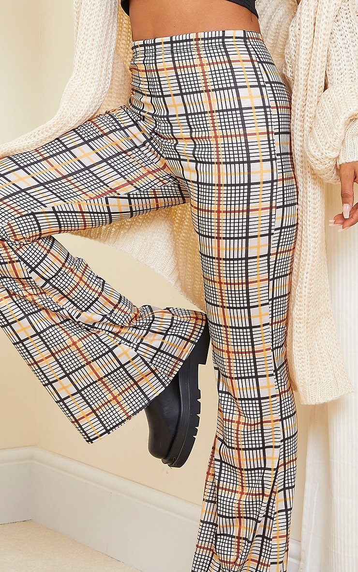 Stone Check Flared Pant 4