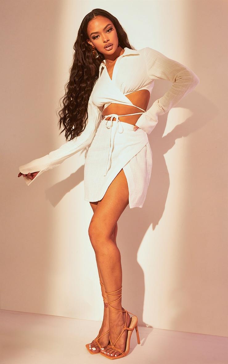 Mini-jupe portefeuille en maille gaufrée blanche 2