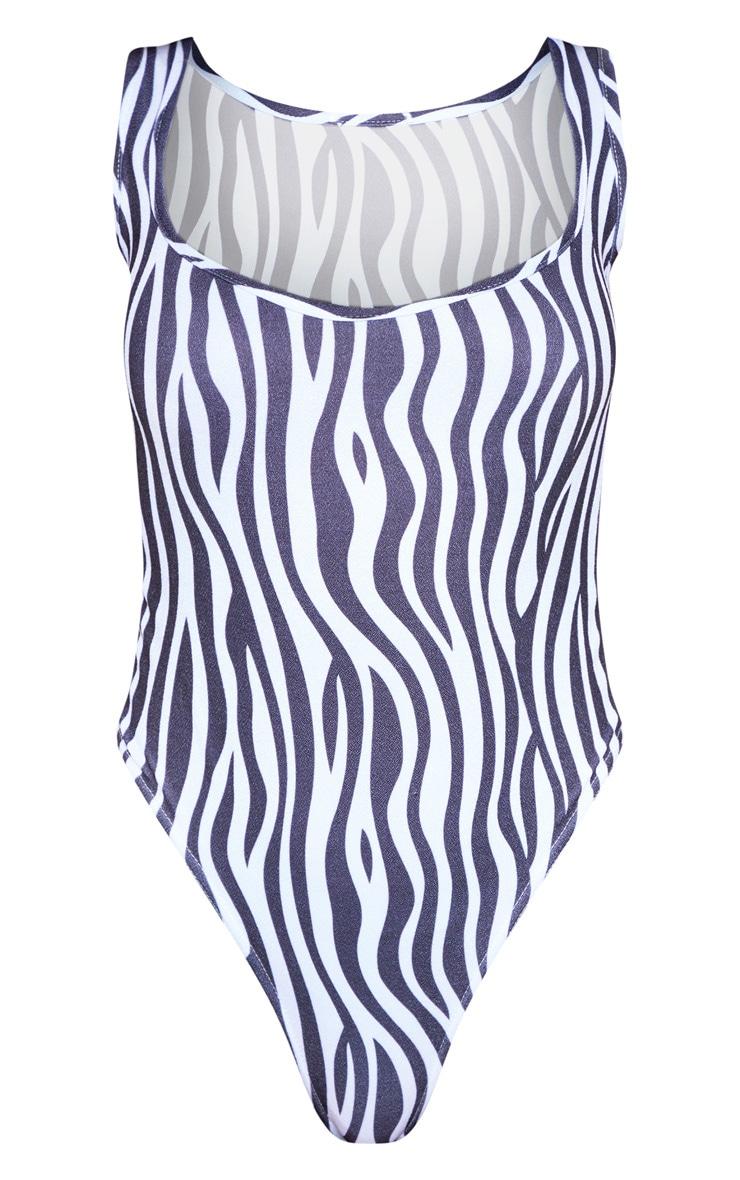 Mono Zebra Sweetheart Neckline Sleeveless Bodysuit 3