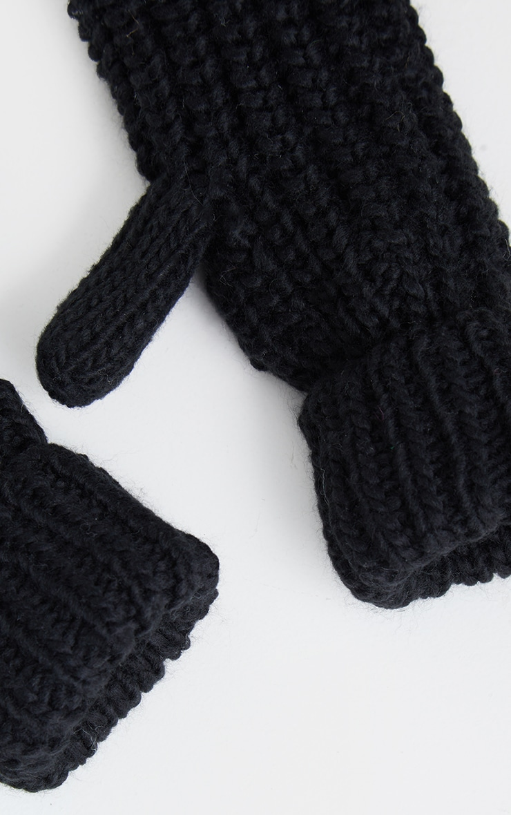 Black Knitted Mittens 3