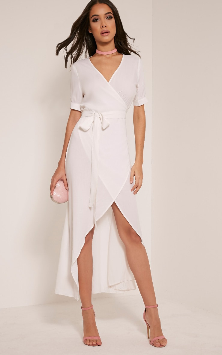Renesmee robe chemise maxi blanche cache-cœur 1