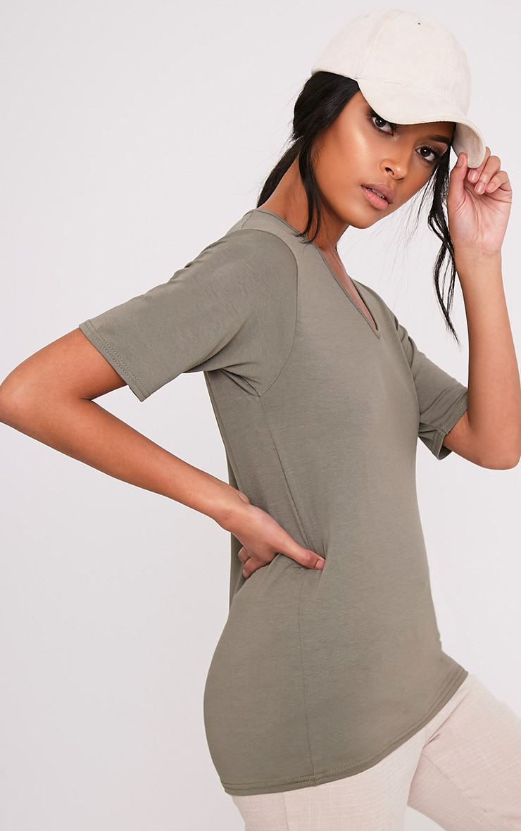 Basic Khaki V Neck Loose T Shirt 4