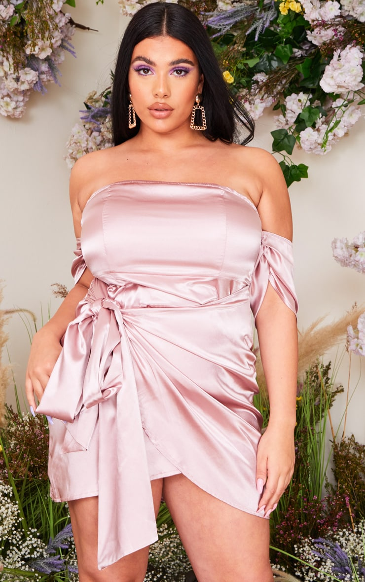 Plus Dusty Pink Satin Ruched Detail Bodycon Dress 1