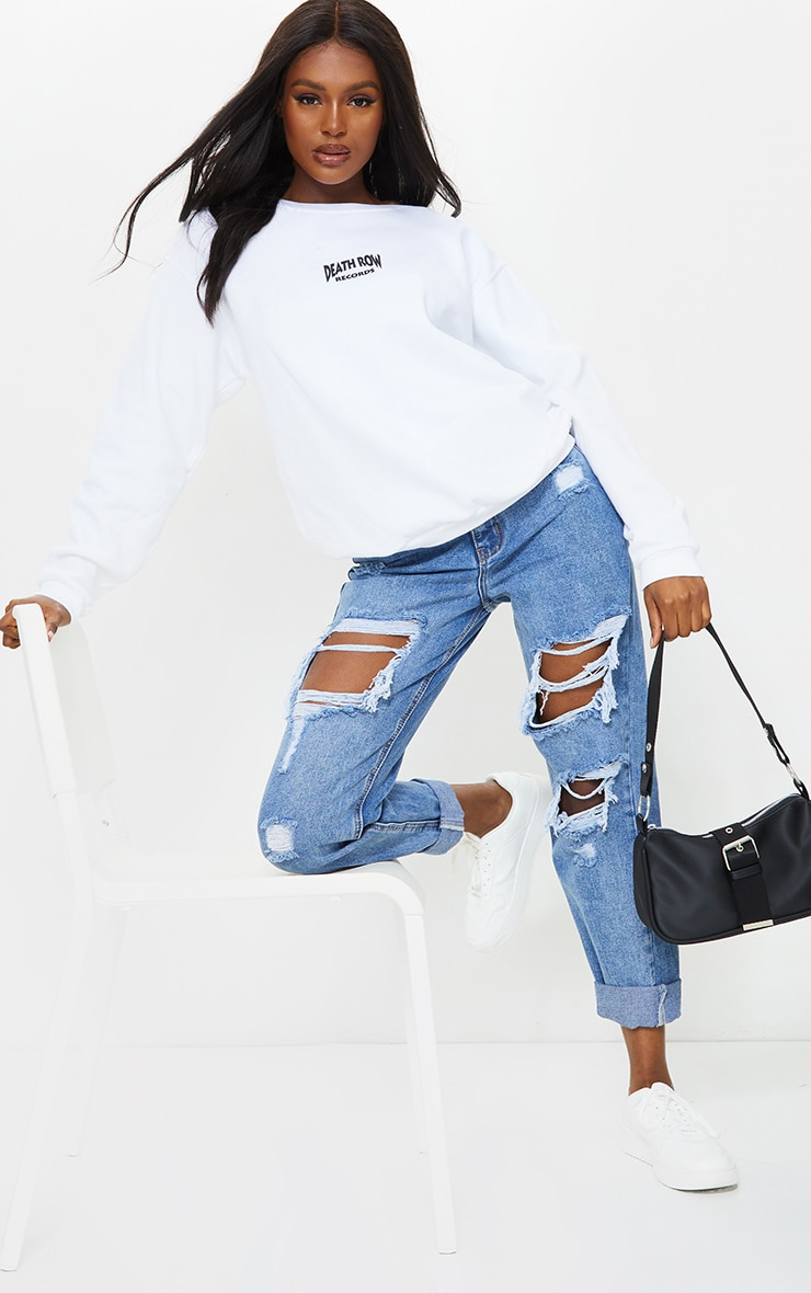 PRETTYLITTLETHING Tall Mid Blue Distressed Mom Jean 1