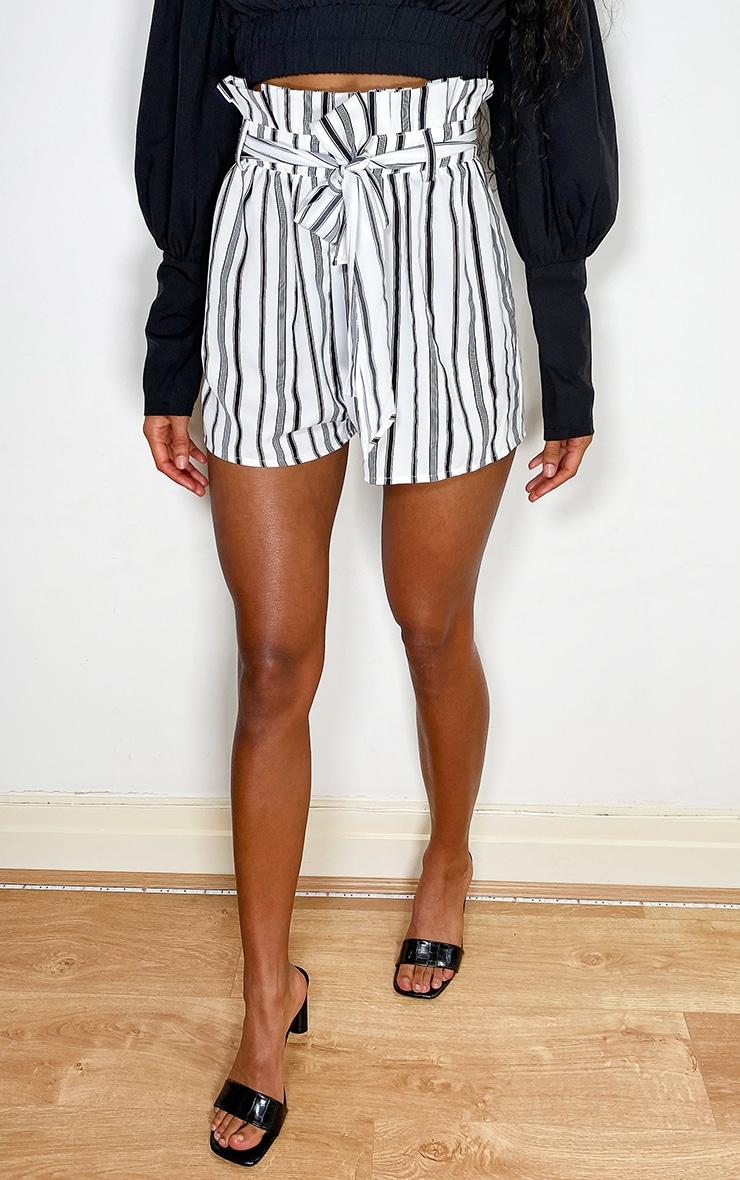 Monochrome Tie Waist Shorts 2