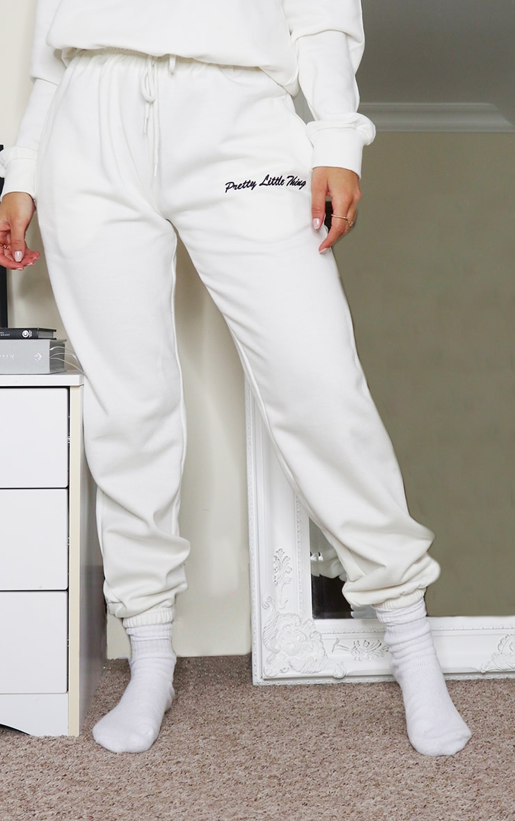 PRETTYLITTLETHING Cream Embroidered High Waist Joggers 2