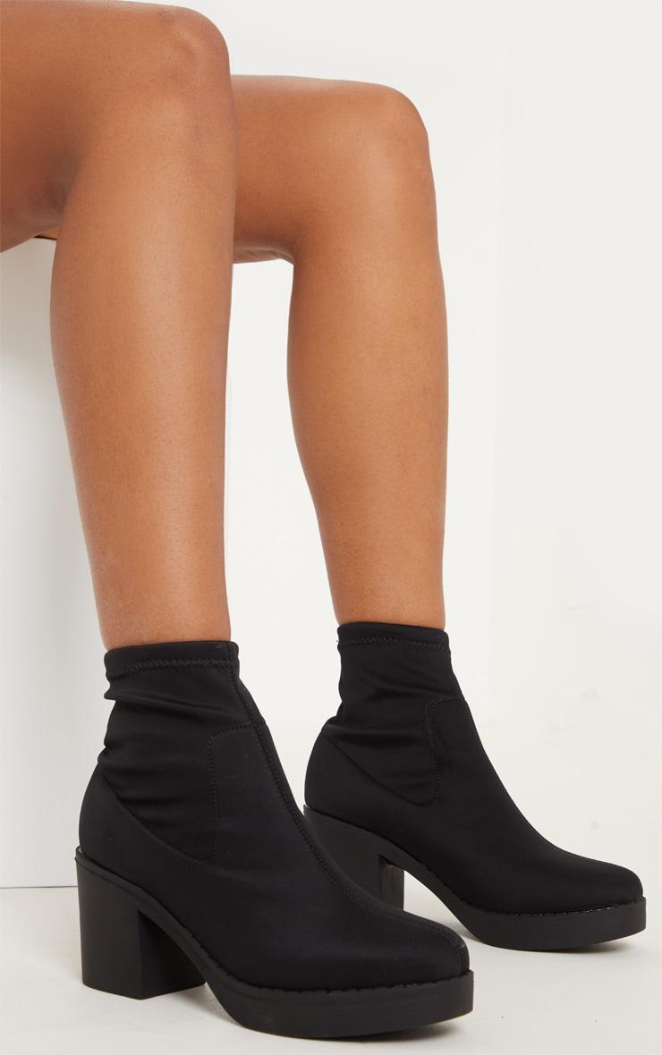 Bottes chaussettes plateformes noires en lycra 2