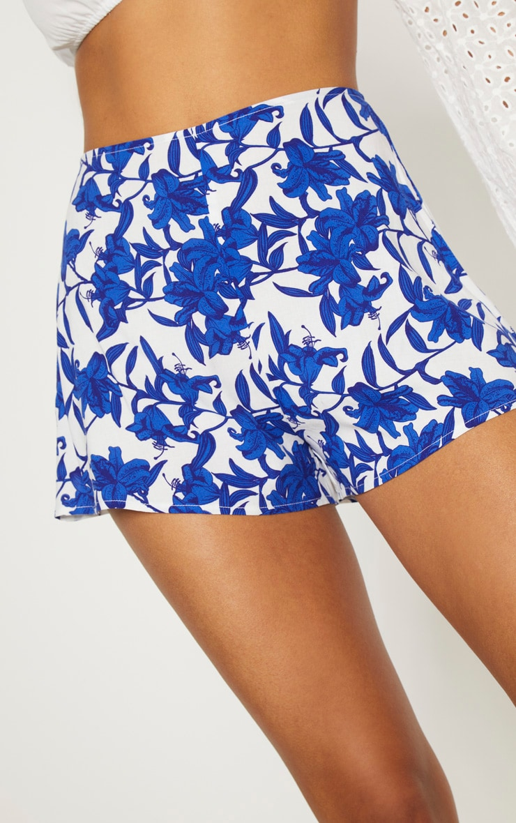 White Floral Print Shorts 6