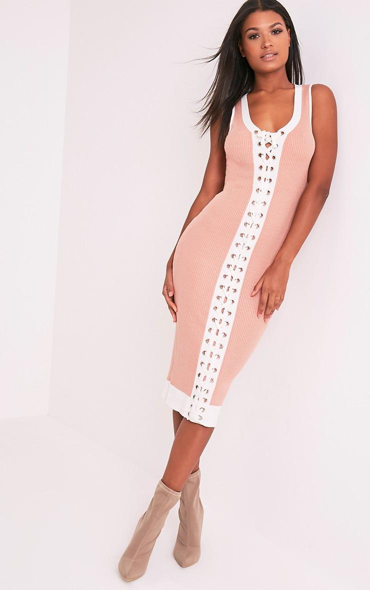 Joseline robe maxi côtelée lien à œillet en maille chair 1