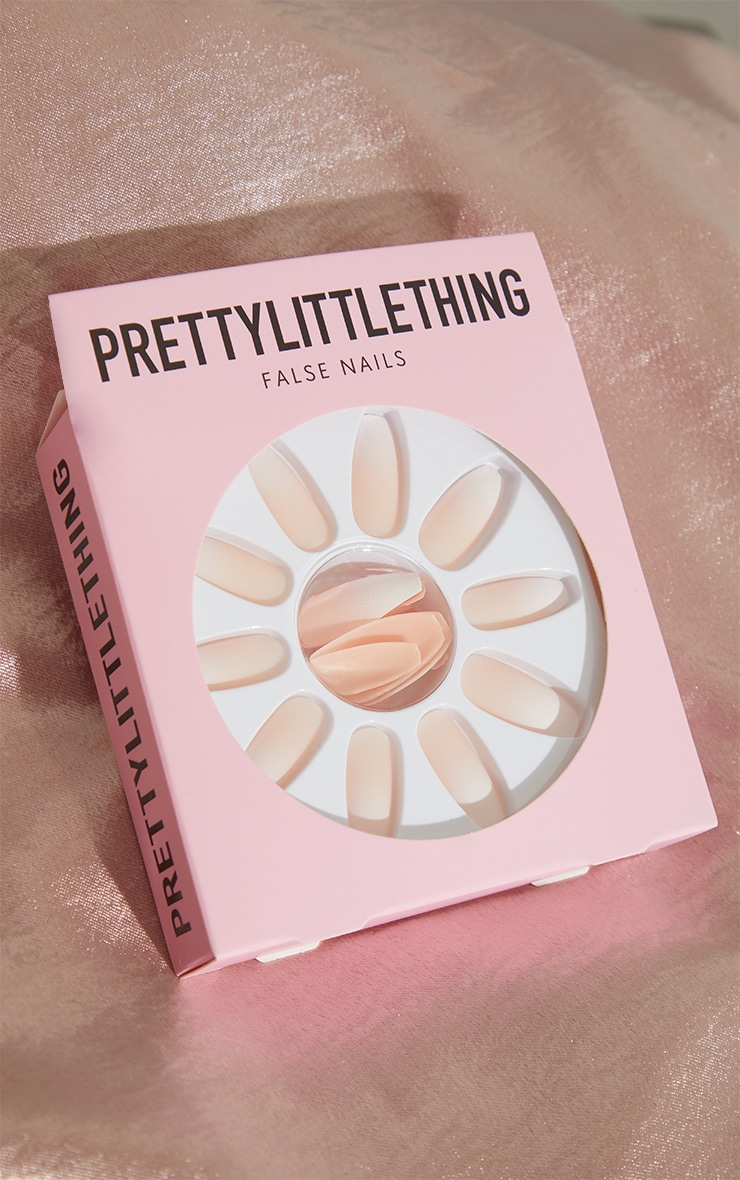 PRETTYLITTLETHING False Nails Less Is More image 2