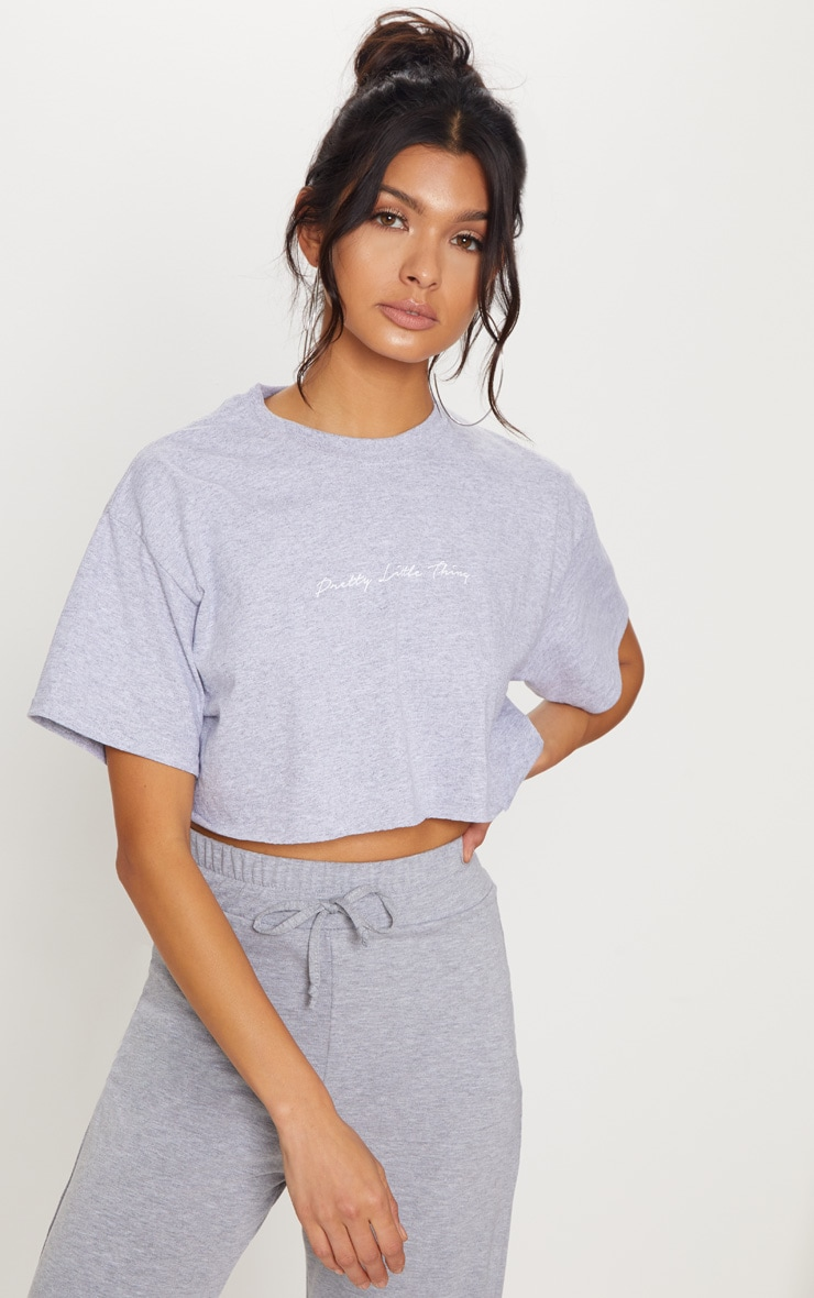 PRETTYLITTLETHING Grey Slogan Crop T shirt 1
