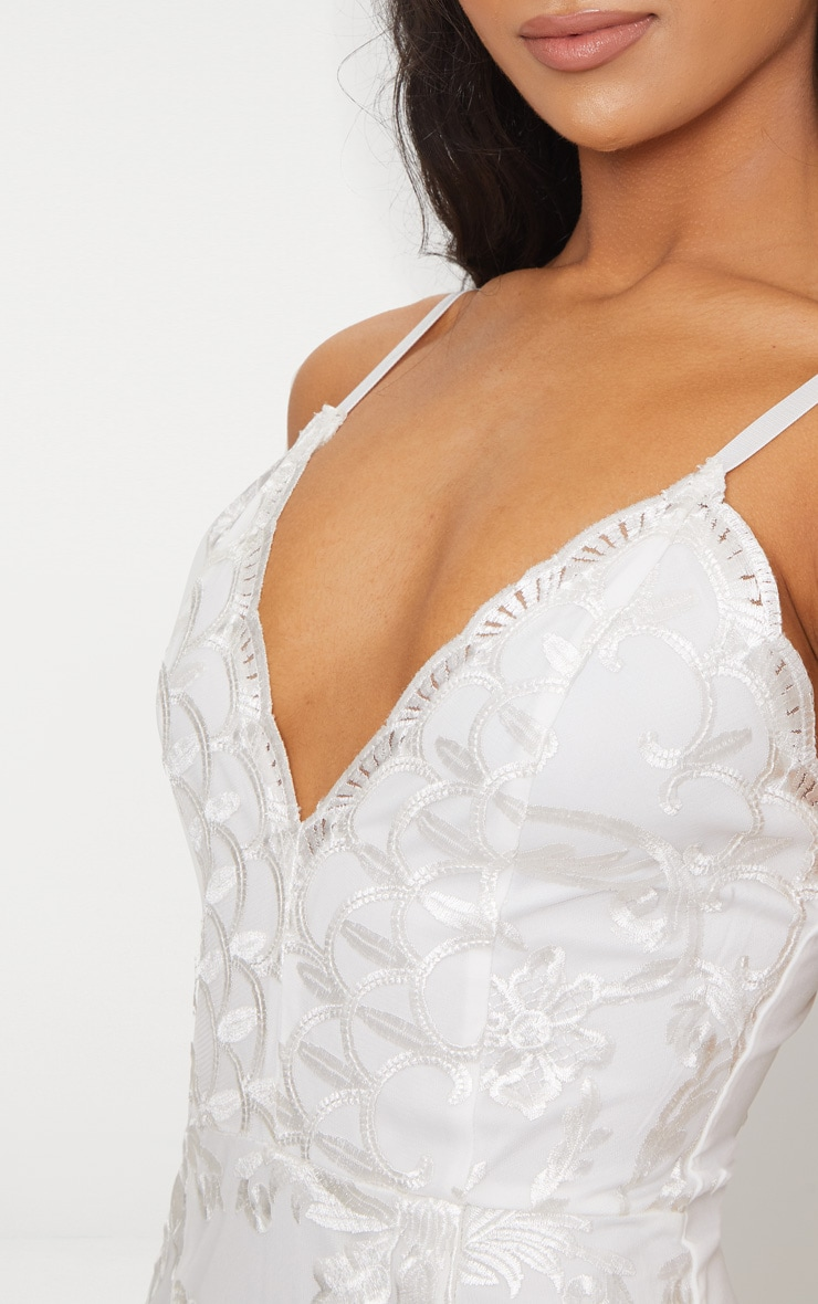 White Embroidered Lace Detail Plunge Bodycon Dress 4