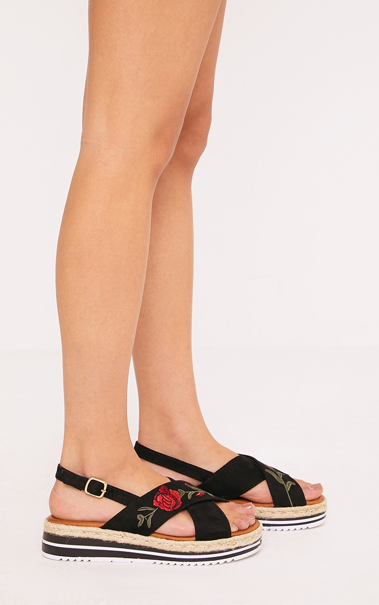 Lois Black Rose Embroidered Sandals 3