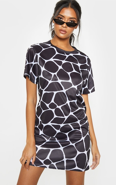 Black Giraffe Print Oversized T Shirt Dress