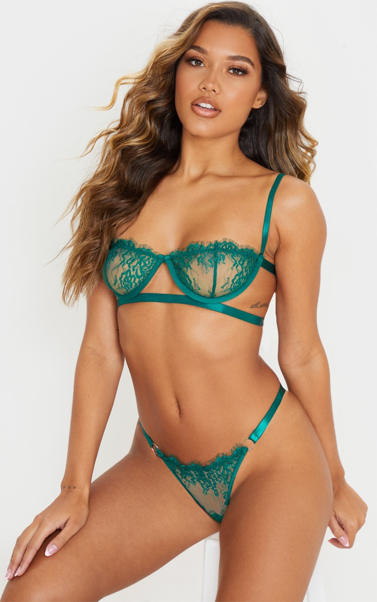 Emerald Green Ring Detail Underwired Lingerie Set 1