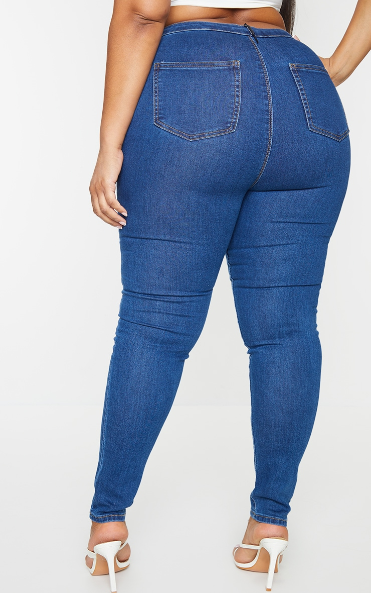 PRETTYLITTLETHING Plus Mid Blue Wash Disco Skinny Jeans 3