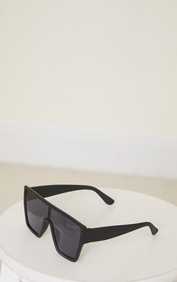 Black Matte Oversized Square Frame Sunglasses 2