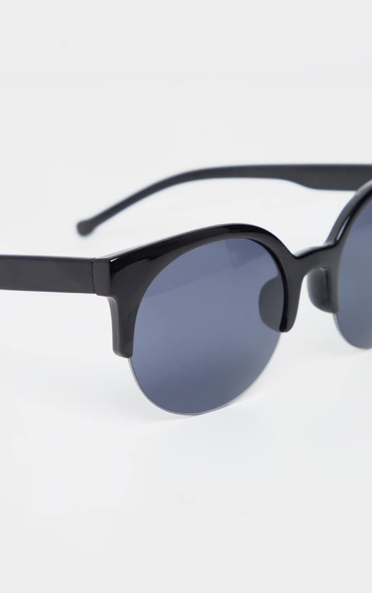 Black Brow Frame Round Sunglasses 3