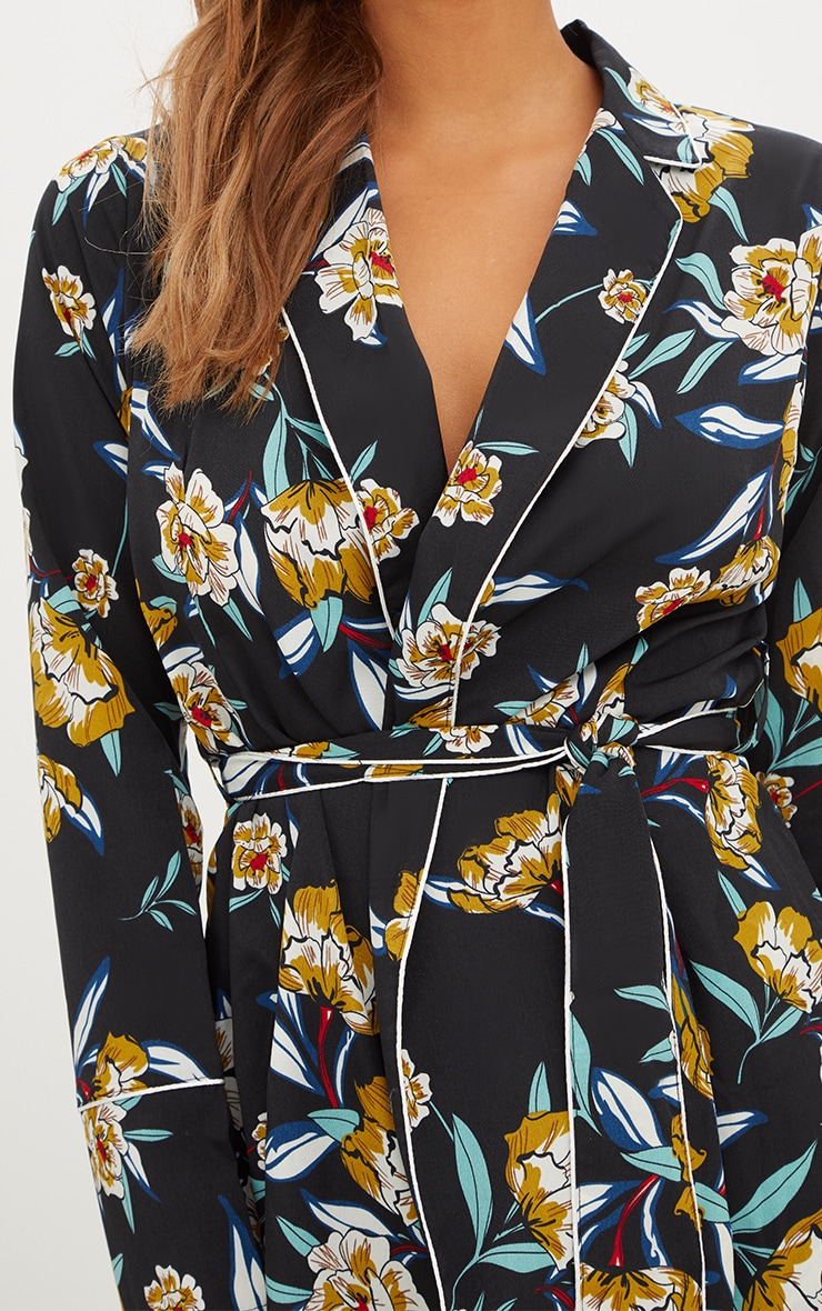 Black Contrast Piping Floral Jacket 5