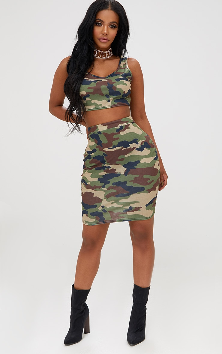 Shape Camo Crop Top 4