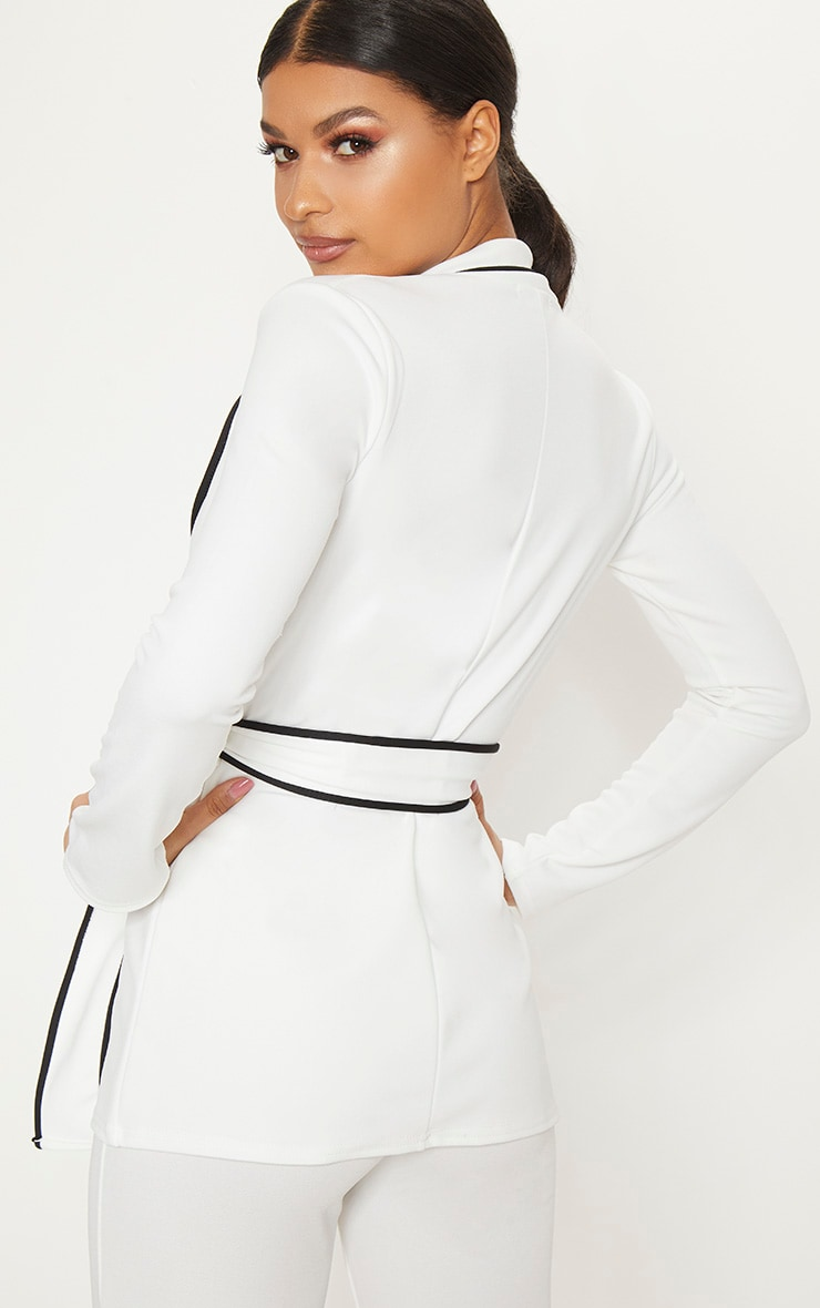White Contrasting Piping Blazer 2