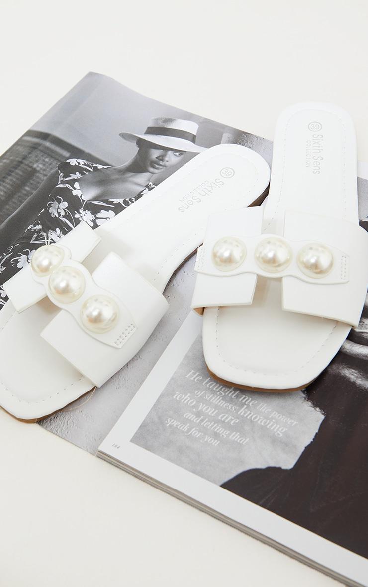 White PU Pearl Detail Mule Flat Sandals 3