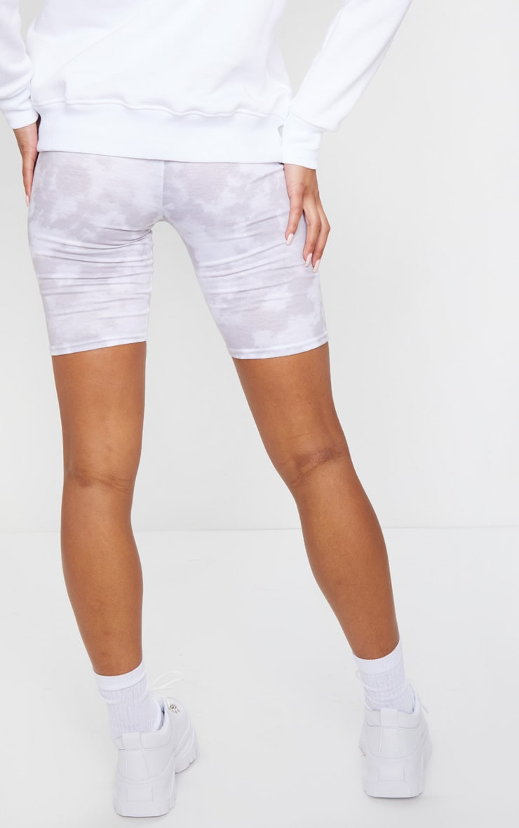 Basic White Tie Dye Cycle Shorts 3