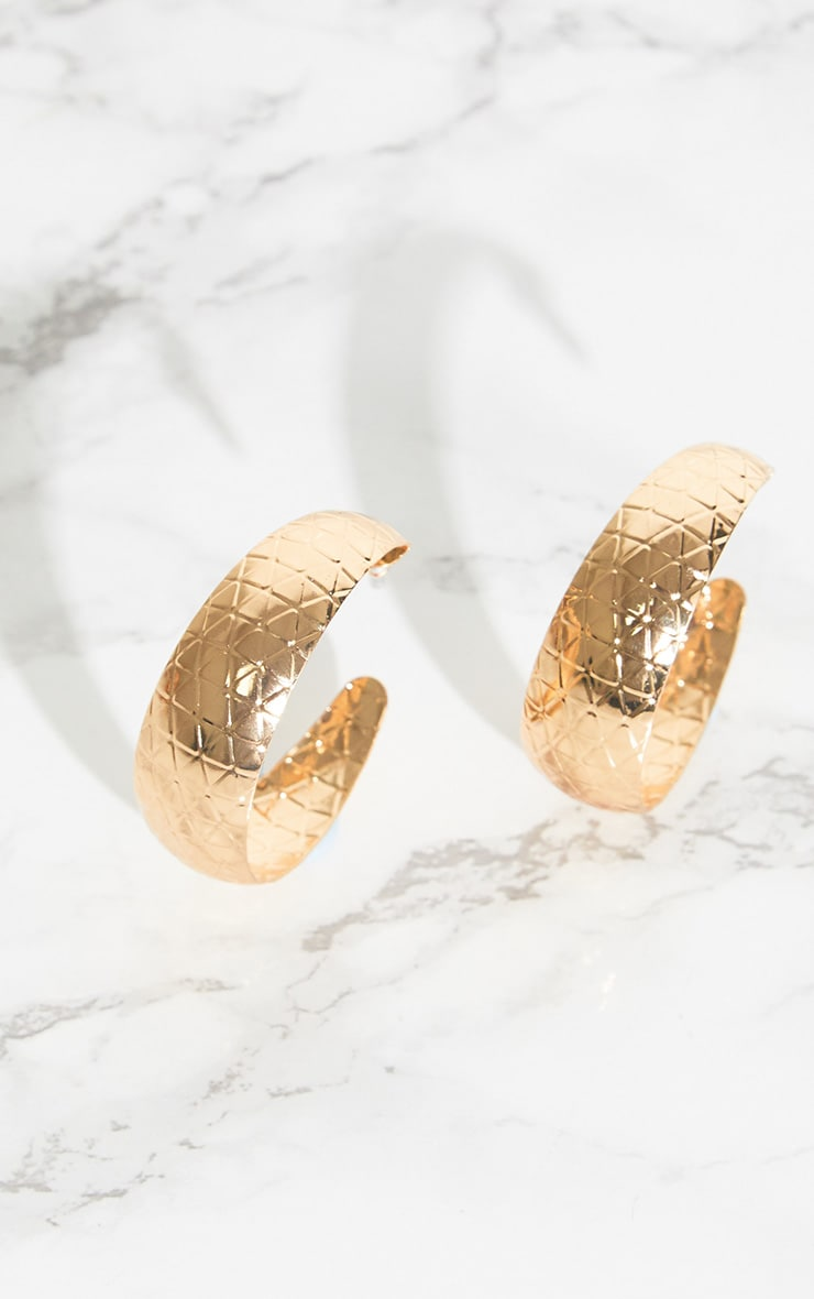 Gold Textured Hooped Earrings 3