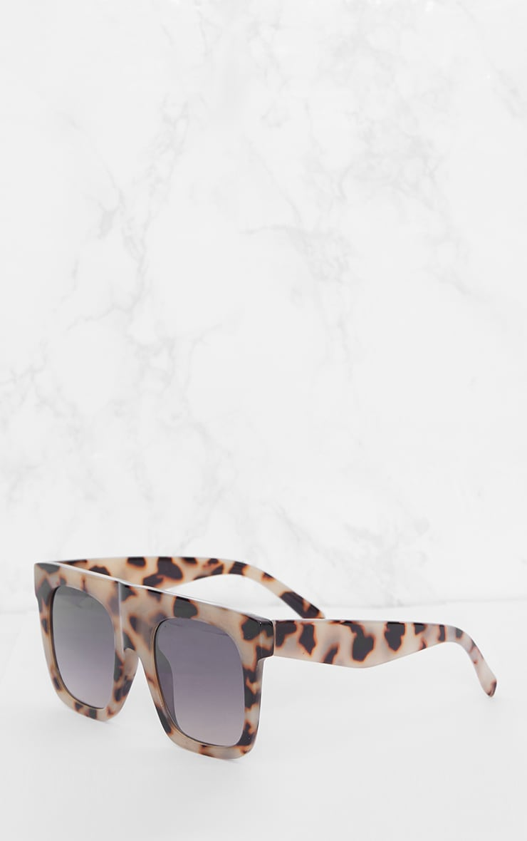 Leopard Print Wide Frame Square Sunglasses 3